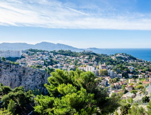 How to get to the Calanques from Marseille